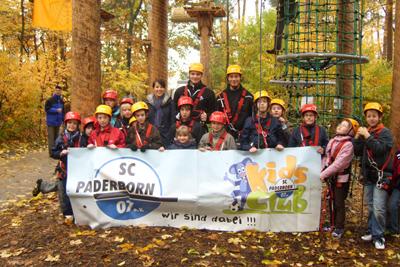Kids Club schnurstracks in den Bäumen