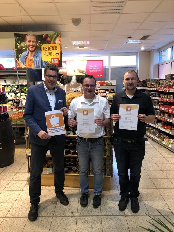 Rewe-Märkte in Schloß Neuhaus ausgezeichnet