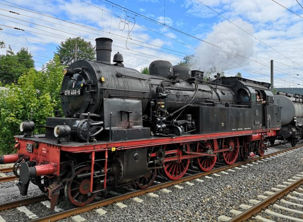 Mit dem historischen Dampfsonderzug durch den Solling