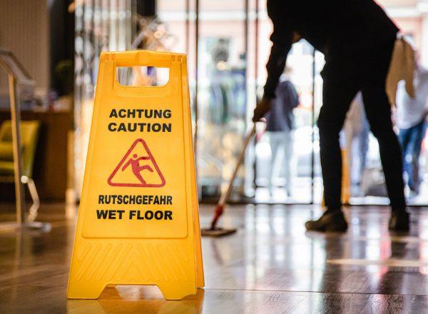 Gebäudereinigung: Lohn-Plus für 3.400 Beschäftigte im Kreis Paderborn