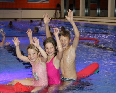 Zusätzliche Anfängerschwimmkurse bei der Stadt Büren
