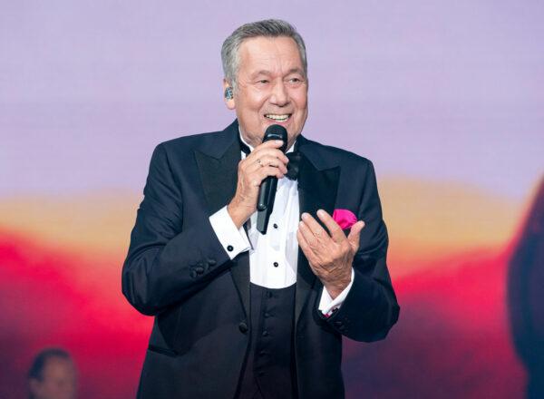 Charismatische Schlagerikone Roland Kaiser feiert 70. Geburtstag mit Tournee